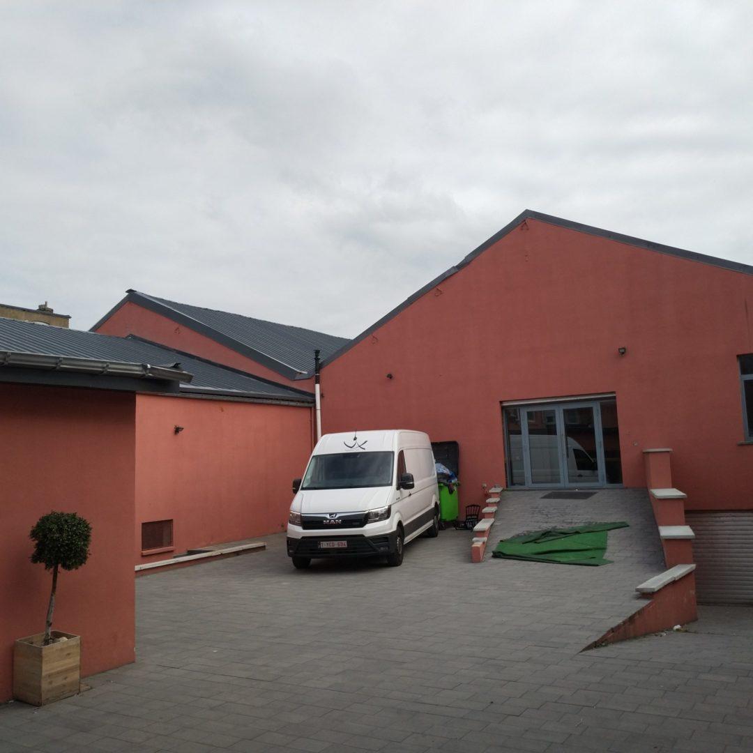 Changement d'affectation d'un hall industriel en 3 salles polyvalentes -Bressoux – Liège